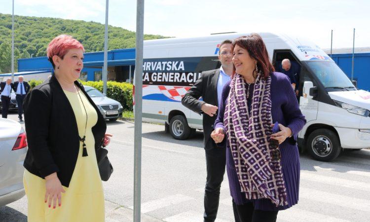 U SKLOPU BORAVKA U ŽUPANIJI Plava skupina HDZ-ovih kandidata posjetila Pakrac i Lipik