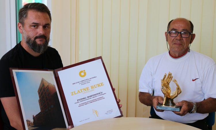 """ZVONKO MARTINOVIĆ, DOBITNIK NAJVEĆEG OBRTNIČKOG PRIZNANJA """"Zlatne ruke"""" nakon 30 godina obrtništva"""