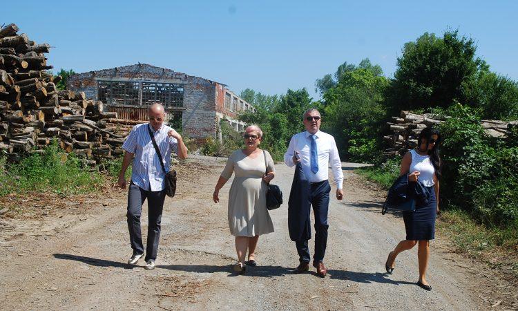 MINISTAR GOSPODARSTVA DARKO HORVAT U PAKRACU Želja svih je vratiti drvnu industriju u Pakrac