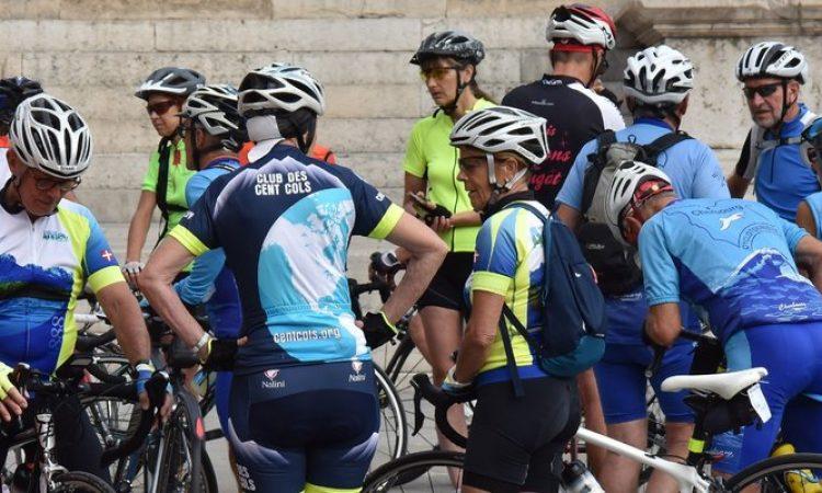 1. LISTOPADA OKO 16,20 SATI Međunarodna CRO Race biciklistička utrka prolazi kroz Pakrac