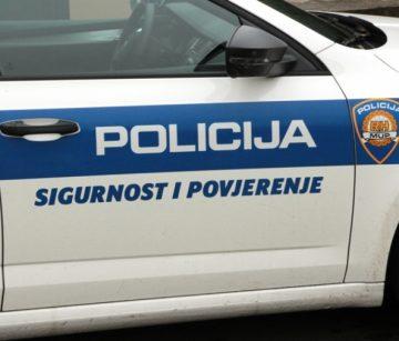 IZ POLICIJSKOG BILTENA Krađa i paljevina auta u Pakracu