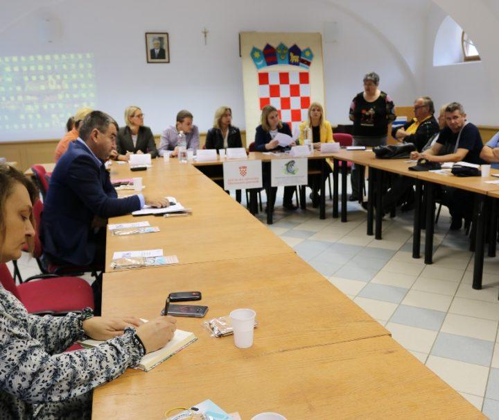 OKRUGLI STOL O PRUŽANJU POMOĆI ŽRTVAMA Zajedničkim pristupom i međusektorskom suradnjom za kvalitetniju pomoć žrtvama