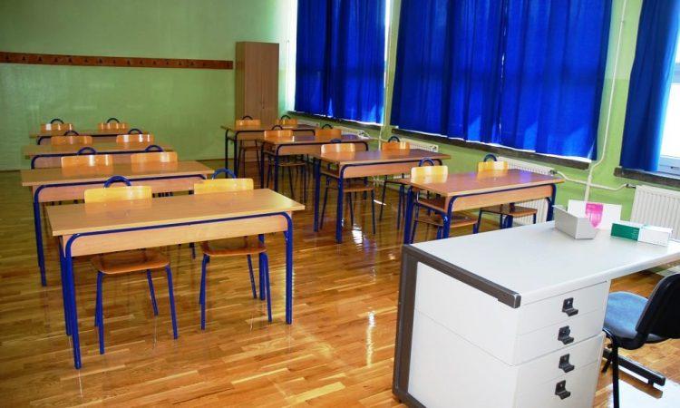 PAKRAČKE PROSVJETNE USTANOVE Malo učenika, još manje nastave