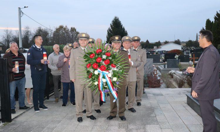 HRVATSKI ČASNIČKI ZBOR PAKRAC-LIPIK Obilježena 28. obljetnica ustroja 76. samostalnog bataljuna