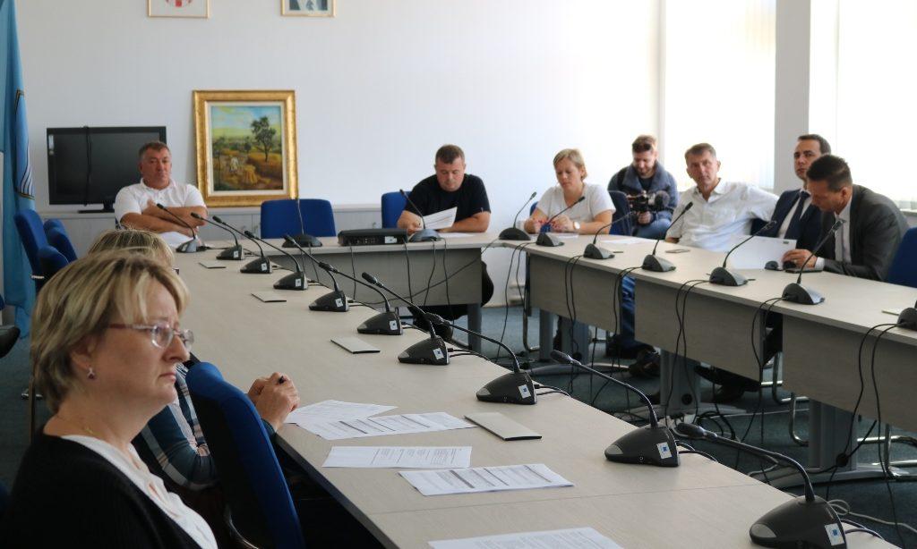 SAJAM SLAVONSKI BANOVAC Sajam počeo edukacijom za vlasnike OPG-a