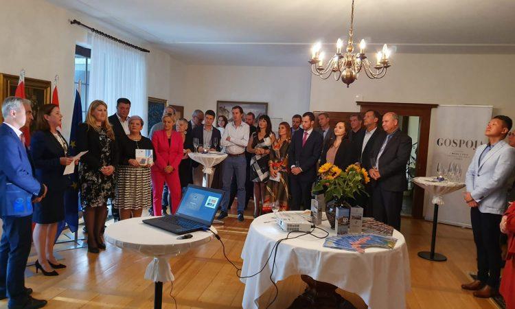 POSJET GRADONAČELNICE U ŠVICARSKOJ  Predstavljeni turistički, poljoprivredni i gospodarski projekti