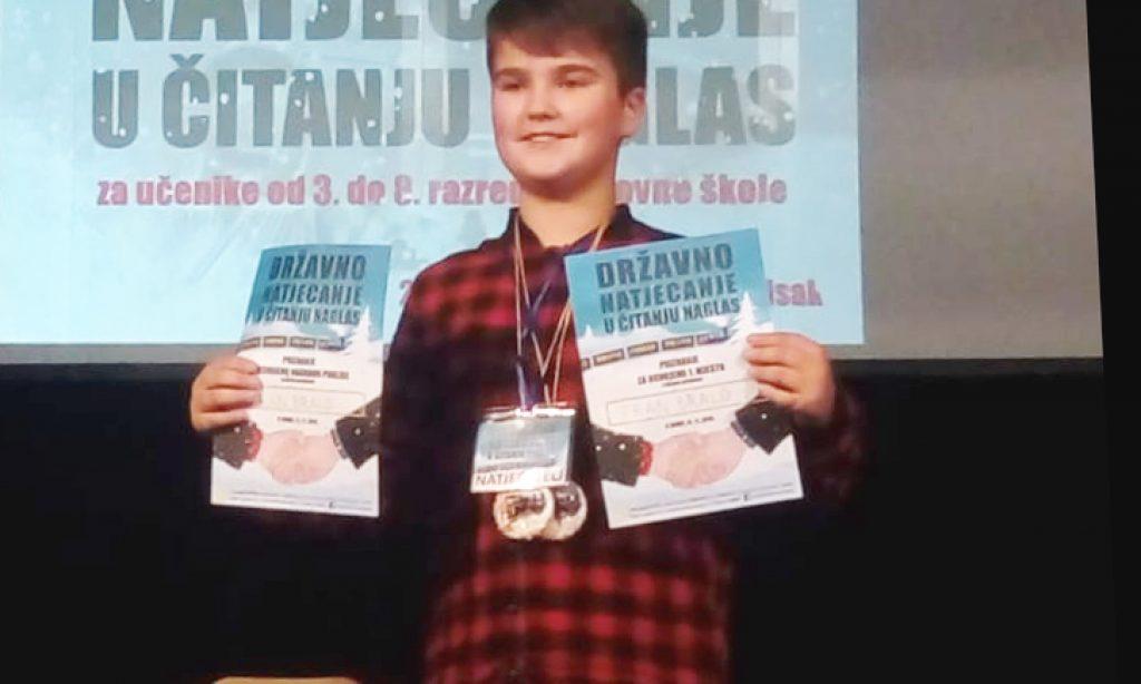 JUČER U SISKU Fran Bralo pobjednik Državnog natjecanja u čitanju naglas
