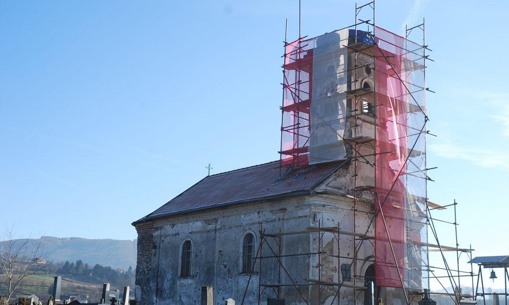 OBNOVA CRKVE NA PRAVOSLAVNOM GROBLJU Radi se novi zvonik