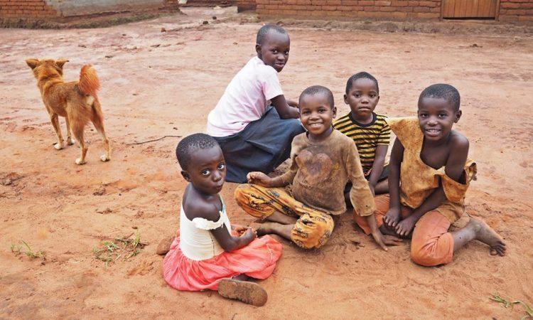 KOLAJNA LJUBAVI Pakrački srednjoškolci stipendiraju školovanje dječaku u Tanzaniji