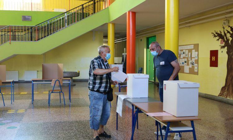 PAKRAČKA BIRALIŠTA Do 16 sati glasovalo 34 posto birača
