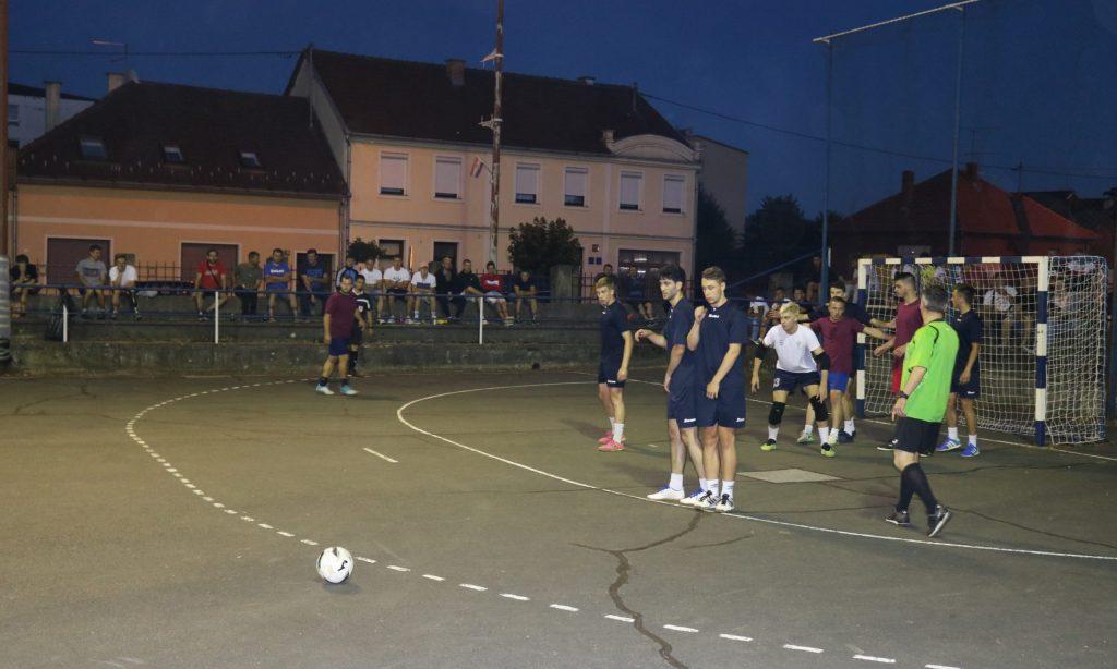 ZAVRŠNICA TURNIRA Pakračke ekipe love titulu protiv Domorada