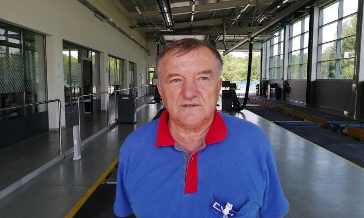 VLADIMIR BAKARIĆ, VODITELJ STANICE ZA TEHNIČKI PREGLED VOZILA  Prosječna starost preglednih vozila je oko 12,5 godina