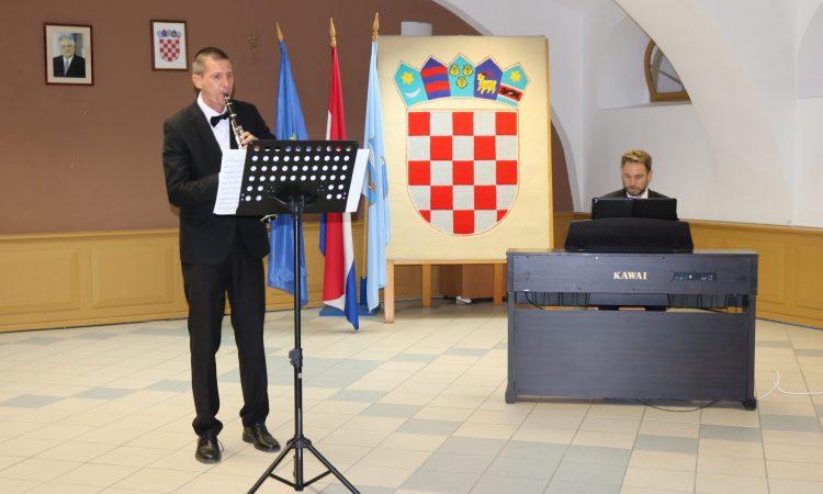 OGŠ PAKRAC: Održan koncert Dua Sforzato