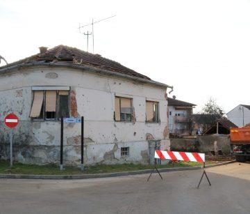 UNAZAD DESETAK DANA: Četiri ruševine manje