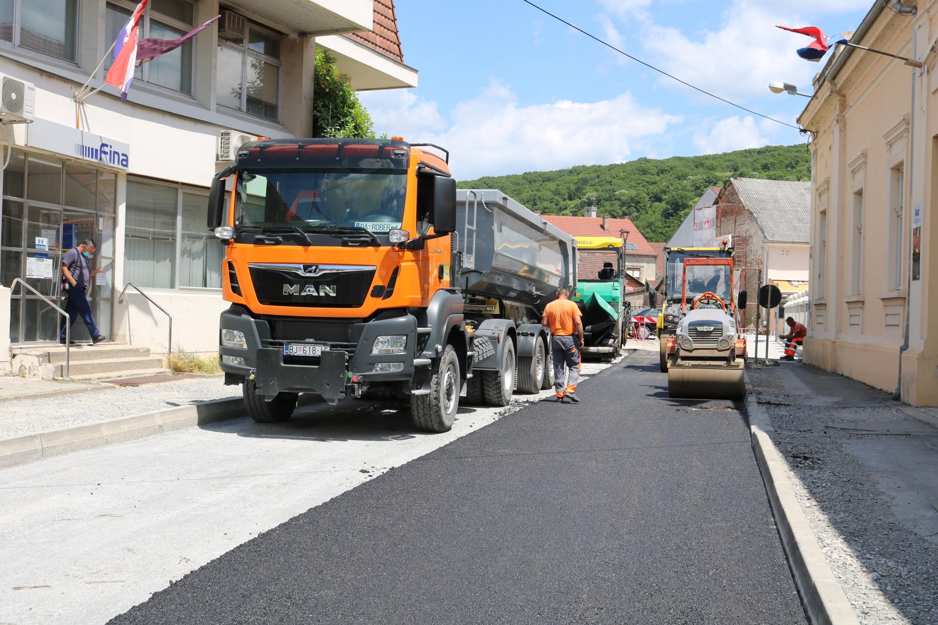 asfaltiranje jučer
