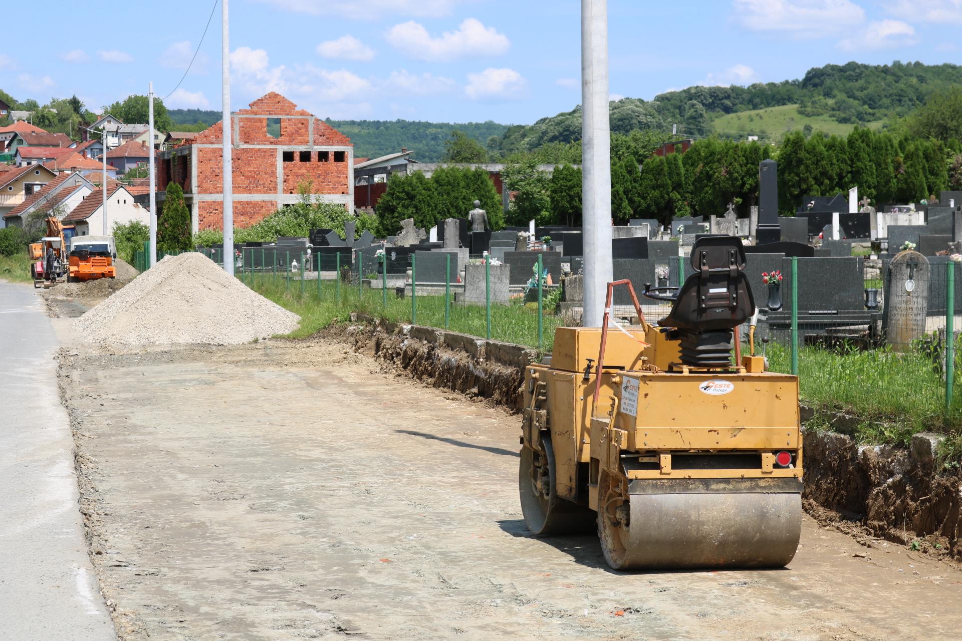 parkiralište groblje