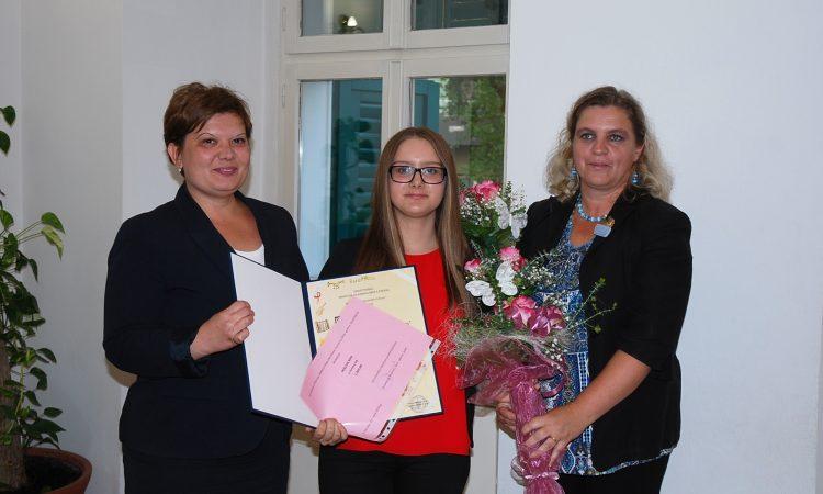 """DODJELA NAGRADE """"MARKO TURČAN"""": Ana Kobetić ovogodišnja laureatkinja"""