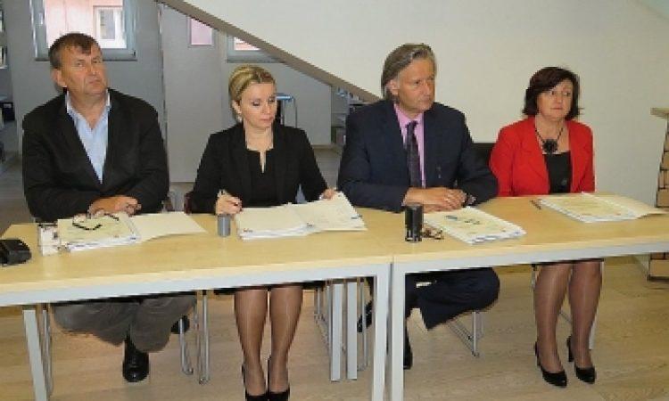 OŠ BRAĆE RADIĆ Potpisan ugovor za energetsku obnovu vrijedan više od 5 milijuna kuna